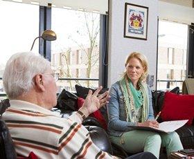 Huisverpleegkundige gesprek zorg intake  OOSTR